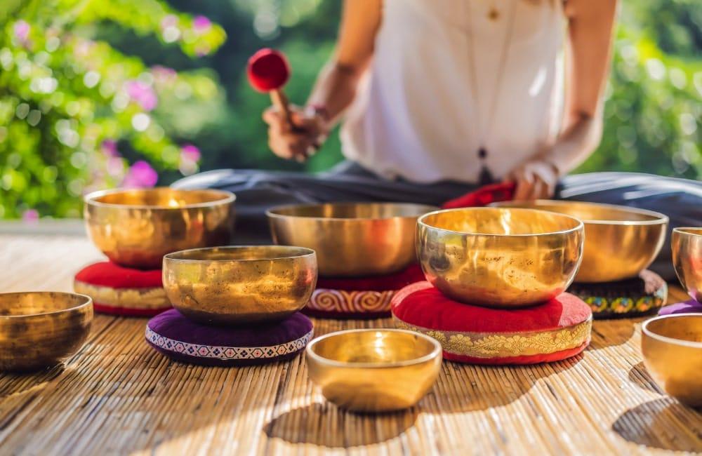 Atelier de bol tibétain pour apprendre à choisir et bien utiliser son bol
